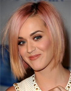 katy-perry-capelli-fluo